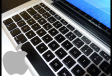 Mac to confront class activity over MacBook butterfly console